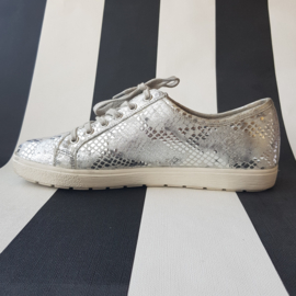 Caprice sneakers. Mt. 40. Zilverkleurig/leer.