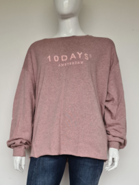 10DAYS sweater. Mt. 44. Oudroze.