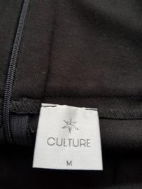 Rok Culture. Mt. M. Zwart.