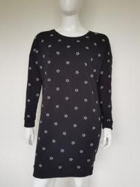 Catwalk Junkie sweater dress. Mt. XL. Zwart/sterren.