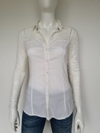 Guess blouse. Mt. 36. Wit/kant.