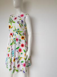 Luisa Cerano jurk. Mt. 40. Wit/bloemenprint.