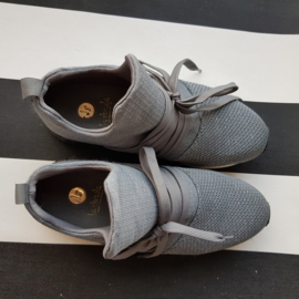Sneakers La Strada. Mt. 36. Grijs.
