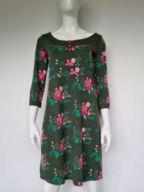 Tante Betsy jurk. Mt. M. Groen/roze/print.