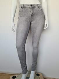 Cars Women skinny jeans. Mt. 33/33. Grijs.