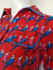 Tante Betsy blouse. Mt. M. Parkietenprint.