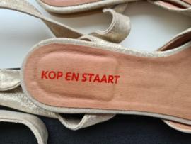 Kop en Staart sandalen met wikkellint. Mt. 38. Goudkleurig.