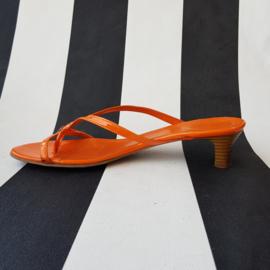 Lakleren slippers Esprit. Mt. 39. Oranje