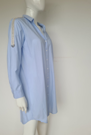 Jeff blouse jurk. Mt. 42. Lichtblauw.