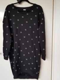 Sweater dress Catwalk Junkie. Mt. M. Zwart/sterren