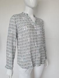 Emily van den Bergh blouse. Mt. 44. Wit/vogelkooiprint.