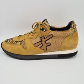 Floris van Bommel sneakers. Mt. 40. Camel.