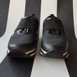 Sneakers Tommy Hilfiger. Mt. 36. Zwart.