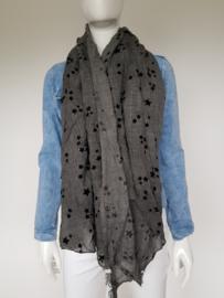 Esprit shawl. Langwerpig model. Grijs/zwarte sterren.