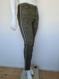 MAC jeans Girlfriend. Mt. 40. Camouflage.
