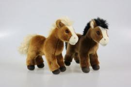 IN 010 ( plush horse )
