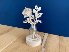 Moederdag kado vaasje met bloemen van hout