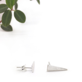 Brushed triangle earrings // 925 Sterling silver