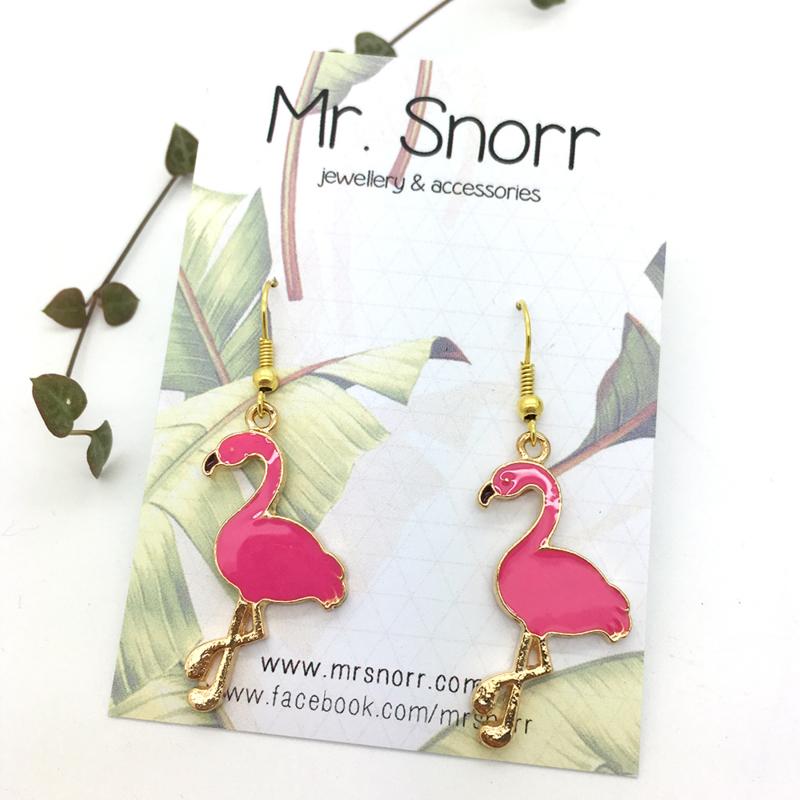 Flamingo earrings // dark pink