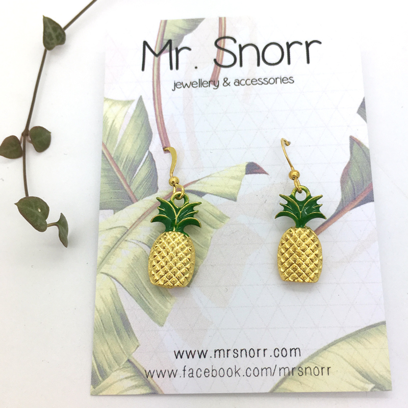Pineapple earrings // gold