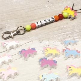 Unicorn naamsleutelhangers diverse kleuren