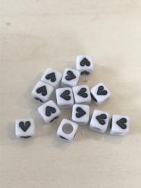 Hartjes wit-zwart  6x6 mm 25 stuks