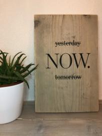 Tekst op steigerhout