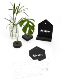 Zwarte kaart huisje droom met bedrukte envelop
