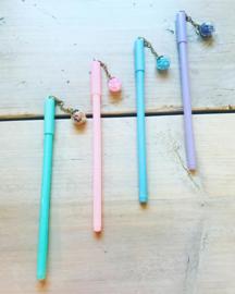 Glazen bol pen