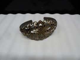Bronskleurige Armbanden om te decoreren