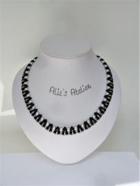 Ketting Vexali  - in zwart en silver tinten