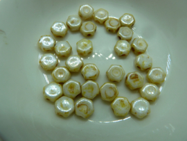 Honeycomb Beads 6mm Honey Drizzle- 65401
