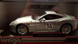 Schaalmodel Ferrari California T 1/18