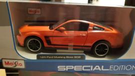 schaalmodel Ford Mustang Boss 302  1/24