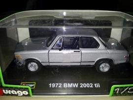 Schaalmodel 1972 BMW 2002 tii grijs 1/32