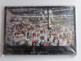 Metaalplaat Waterloo Station London