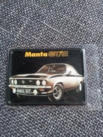 Metaalplaatje Opel 8 x 11 cm Manta GT/E
