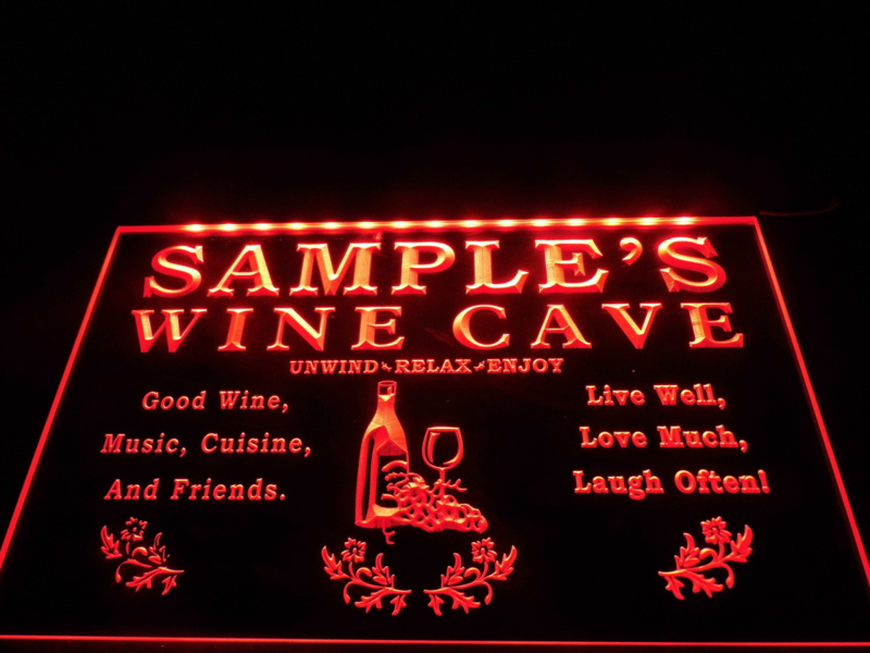 """3D ledverlichting """"Wine Cave"""" te personaliseren met je eigen naam"""