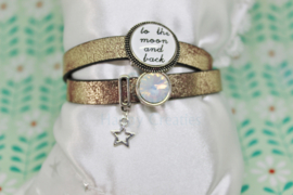 Plat leren wikkelarmband to the moon and back (nr 119)