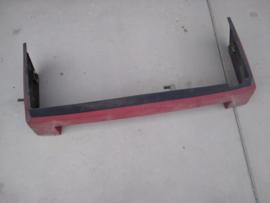 Bumper BX break rood mk1 (deel op de auto)