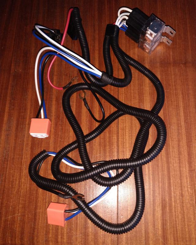 Kabelboom met relais voor verlichting H4 (universeel)