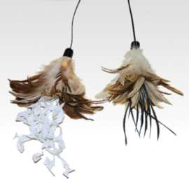 USA Crunchy Feather Cat Toy