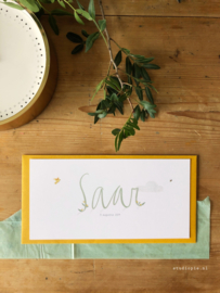Geboortekaartje Saar! Handgeschreven en  bloemetjes en bijtjes
