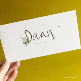 handgeschreven geboortekaartje Daan. Kaartje met olifant,  bijtje en bloemetjes