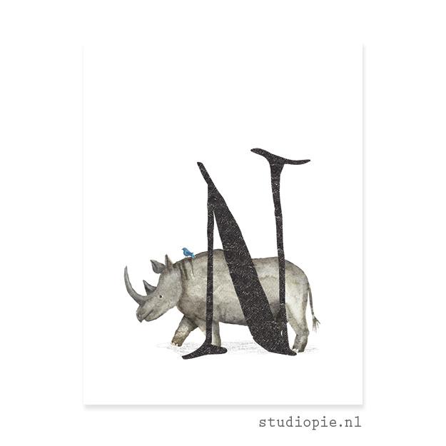 de N van NEUSHOORN | letterkaartje