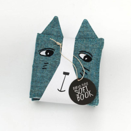 Wee Gallery | Soft book friendly faces in the garden