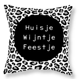 Label-R | Buitenkussen Panterprint Huisje Wijntje Feestje