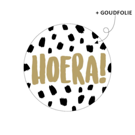 Sticker Hoera! (zwart/goud)