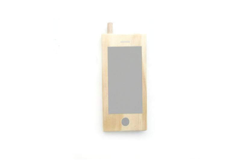 Mint and Mini - Houten mobieltje (grijs)