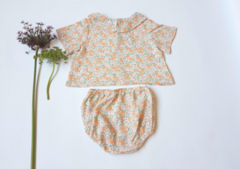 Baby blouse / garden flowers